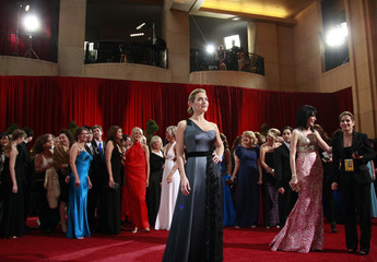 """Kate Winslet, best actress nominee for """"The Reader,"""" poses at 81st Academy Awards in Hollywood"""