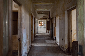 abandoned psychiatric hospital interior rooms