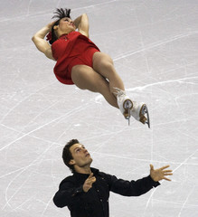 Duhamel and Buntin during Canadian Figure Skating Championships in Vancouver