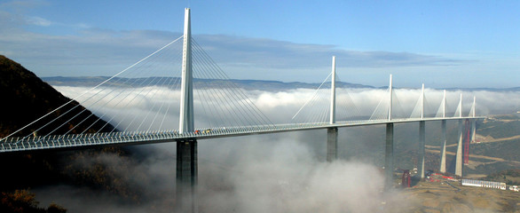 The Millau Viaduct, designed by the English architect Lord Norman Foster, crosses the valley of the ..
