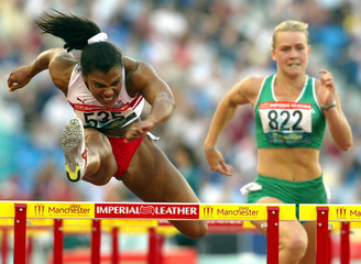 ENGLAND'S DIANE ALLAHGREEN COMPETES IN THE WOMEN'S 100M HURDLESSEMIFINAL AT THE 2002 COMMONWEALTH GAMES.