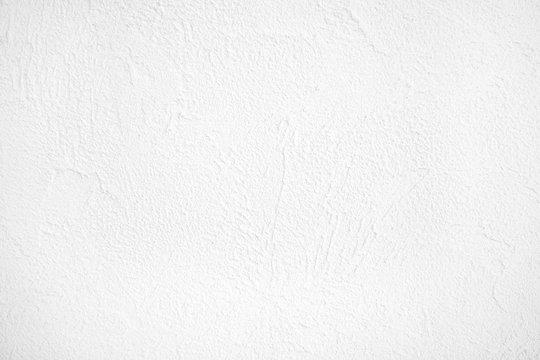 真っ白な家の漆喰壁模様
