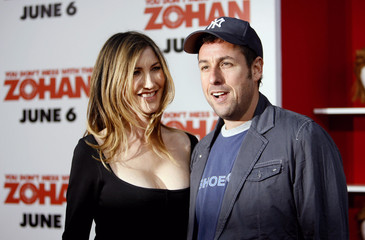 """Director and cast member Sandler and his wife Jackie attend premiere of """"You Don't Mess with the Zohan"""" in Hollywood"""
