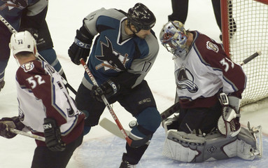 AVALANCHE FOOTE, ROY AND SHARKS STURM WATCH GOAL IN DENVER.