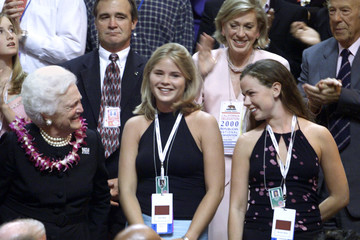 FORMER FIRST LADY BARBARA BUSH WITH GRANDDAUGHTERS AT REPUBLICAN CONVENTION.