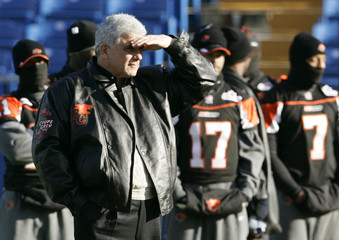 B.C. Lions coach Wally Buono watches during the team's Grey Cup practice in Winnipeg