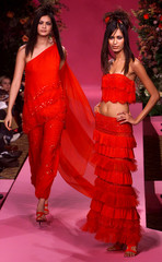 FRENCH DESIGNER TORRENTE 2002 SPRING-SUMMER HIGH FASHION COLLECTION INPARIS.