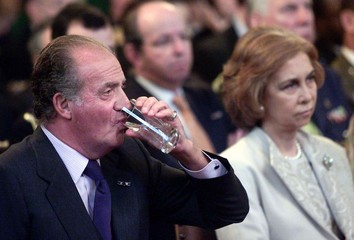 SPANISH KING JUAN CARLOS AND QUEEN SOFIA VISIT INTERNATIONAL COURT OFJUSTICE IN THE HAGUE.