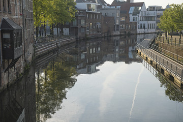 Wasserkanal in Mechelen / Malines, Belgien