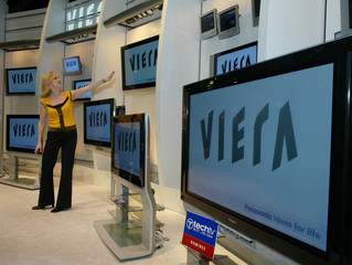 PANASONIC INTRODUCES NEW LINE OF FLAT PANEL TELEVISIONS AT LAS VEGAS SHOW.