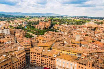 Vue de Sienne en Toscane du haut de la Torre del Mangia