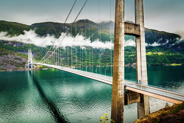 Photo sur Aluminium Pont Hardanger bridge. Hardangerbrua. Norway, Scandinavia.