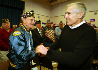 WESLEY CLARK GREETS VETERANS AT CAMPAIGN EVENT IN HOLDERNESS NEW HAMPSHIRE.