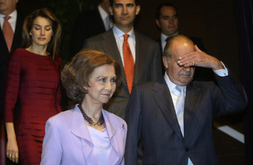 Spain's King Juan Carlos arrives with Queen Sofia, Crown Prince Felipe and Princess Letizia for the celebration of the 200th anniversary of Ibero-America's independence in Madrid