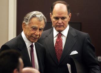 MGM Mirage majority shareholder Kerkorian and MGM Mirage CEO Lanni arrive at the Nevada Gaming Contol ...