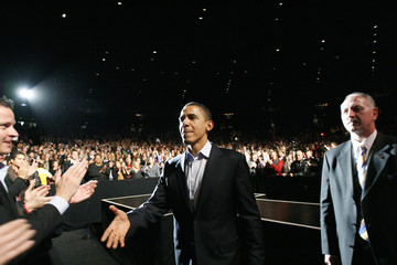 Democratic presidential candidate U.S. Senator Barack Obama (D-IL) greets guests at the end of a fundraising concert in Los Angeles