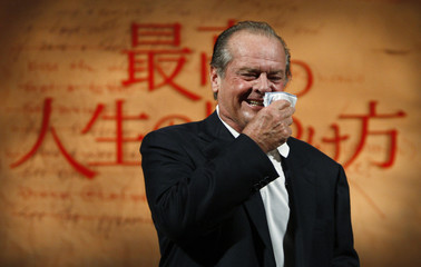 """Actor Nicholson attends a news conference to promote his movie """"The Bucket List"""" in Tokyo"""