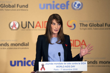 France's First Lady Carla Bruni-Sarkozy delivers a speech during an AIDS press conference in Paris