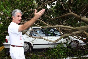 Man describes car after hurricane Frances hit in West Palm Beach, Florida.