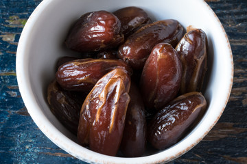 Organic Deglet Dates