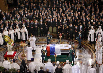 Family members and foreign dignitaries attend the funeral ceremony of former Russian President Boris Yeltsin in Moscow