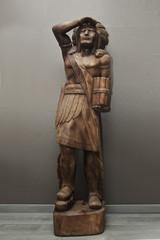 totem indien en bois sculpture