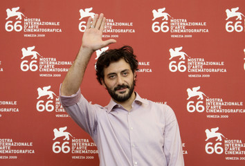 """Actor Timi poses during the """"La doppia ora"""" (The Double Hour) photocall at the 66th Venice Film Festival"""