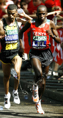 Kenya's Martin Lel cools down as he leads the men's elite group in the final mile of the 2007 London Marathon