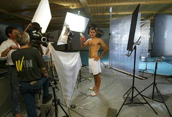 WIMBLEDON CHAMPION FEDERER POSES DURING SHOOTING OF A COMMERCIAL INGSTAAD.