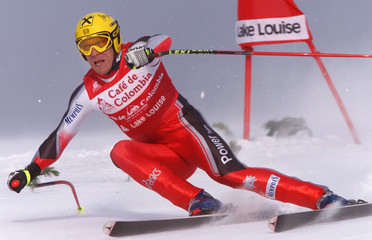 AUSTRIAS HERMANN MAIER TURNS ON GATE AT WORLD CUP DOWNHILL IN LAKE LOUISE.