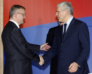 Serbia's President Tadic welcomes Enlargement Commissioner Rehn in Belgrade