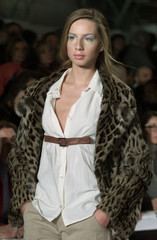 A MODEL DISPLAYS FOR MARNI AUTUMN /WINTER 2000/2001 COLLECTION AT WOMEN'S FASHION SHOW IN MILAN.