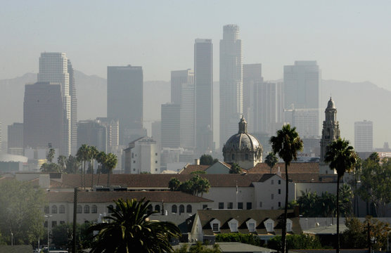 Haze obscures skycrapers of downtown Los Angeles skyline