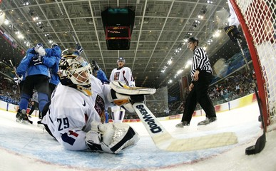 Finland's Koivu celebrates goal in men's ice hockey game against Czech Republic at Torino 2006 Winter Olympic Games