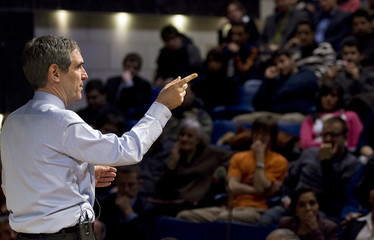 Liberal leader Ignatieff speaks to students at University in Montreal
