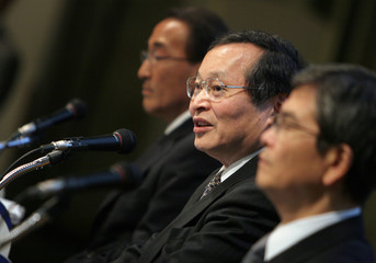 Sony Corp executives attend a media briefing regarding recalls of its notebook computer batteries in Tokyo
