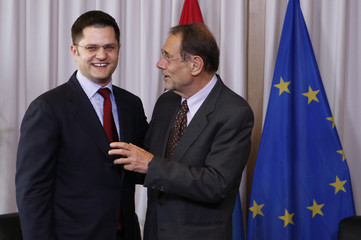 EU foreign policy chief Solana welcomes Serbia's FM Jeremic in Brussels