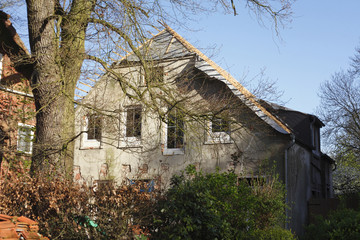 Altes, Verfallenes Haus Aus Stein