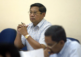 Indonesian presidential candidate Susilo Bambang Yodhoyono sits for an examination in Bogor.