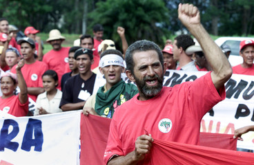 LANDLESS MOVEMENT MILITANTS PROTEST IN FRONT OF US EMBASSY IN BRASILIA.