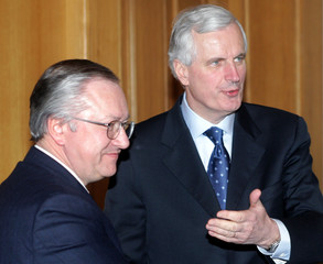 French Foreign Minister Barnier speaks as he meets Ukrainian Foreign Minister Tarasyuk in Kiev.