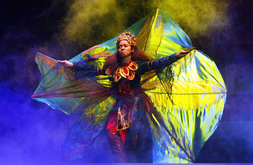 "MALAYSIAN PERFORMS MALAY TRADITIONAL ""MAKYONG"" THEATRE DANCE DURINGREHEARSAL IN /CPKUALA LUMPUR."