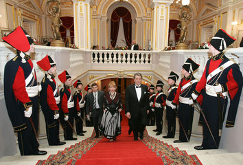 Ukraine's President Yushchenko and his wife Kateryna arrive for an official reception at Mariinsky palace in Kiev