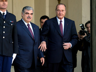 FRENCH PRESIDENT JACQUES CHIRAC MEETS LEBANESE PRIME MINISTER RAFIKAL-HARIRI AT THE ELYSEE PALACE.