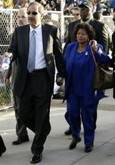 Mark Geragos (L), lawyer for pop star Michael Jackson, accompanies Jackson's mother Katherine as the..