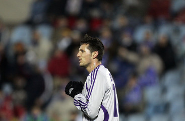 Anderlecht's Thereau reacts after a missed opportunity against Getafe during their UEFA Cup match in Getafe