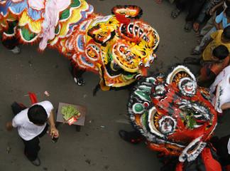 Ethnic Chinese perform dragon dance to celebrate Lunar New Year in Kolkata