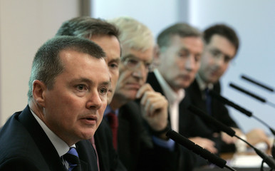 British Airways CEO Willie Walsh speaks during a news conference held by the 'Future Heathrow' group in central London