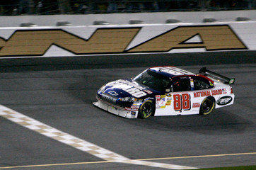 Dale Earnhardt Jr. wins the final Budweiser Shootout at Daytona