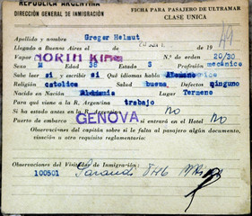 ARGENTINE IMMIGRATION DOCUMENT SHOWING THE NAME OF HELMUT GREGOR.